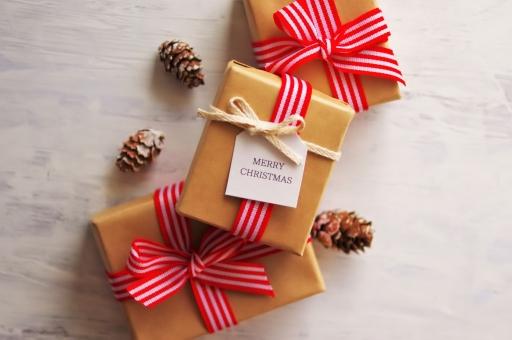 メッセージ プレゼント ギフト 贈り物 リボン ナチュラル 赤 白 冬 ラッピング クリスマス イベント タグ ストライプ 雪 行事 季節 シンプル クリスマスプレゼント ギフトボックス メリークリスマス 年中行事 クリスマスシーズン プレゼントボックス ギフトタグ クリスマスギフト