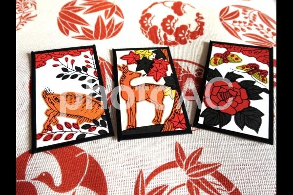 猪鹿蝶 花札の写真