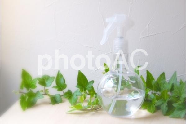 スプレーボトルの写真