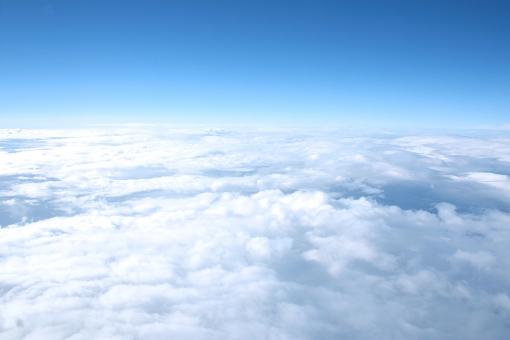 雲の上」に関する写真|写真素材...