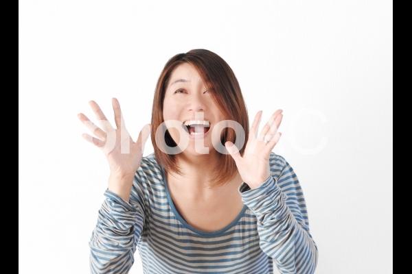 女性シリーズ_喜ぶ編02の写真