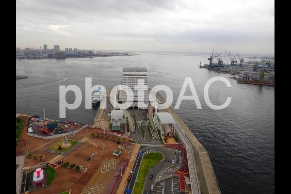 神戸港中突堤旅客ターミナルの写真