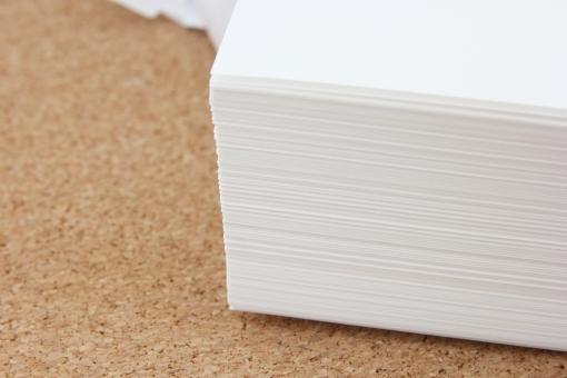 コピー用紙 会社 オフィス A4用紙 A3用紙 サイズ 書類 ビジネス 資料 白紙 ペーパー 紙 paper Paper PAPER 備品 事務用品 コピー機 補充 メンテナンス 紙切れ 連続印刷 枚数 大量印刷 コンビニ セット 背景 素材 背景素材 壁紙