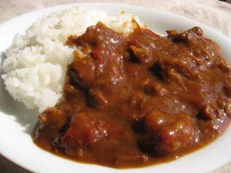 カレーライス カレー スパイス 自家製カレー 手作りカレー 家ごはん 家庭料理 日本食 夕食 夏 夏カレー 国民食 和食 白米 人参 野菜カレー