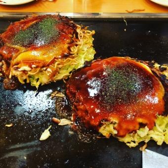 大阪 お好み焼き ランチ 食事 b級グルメ 粉もの 鉄板 関西 露店 うまい 食べる グルメ