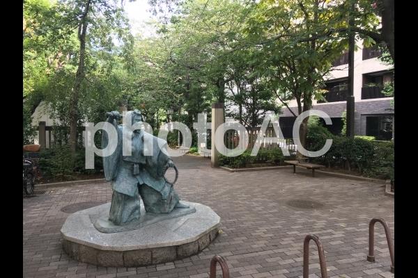 弁慶像の写真