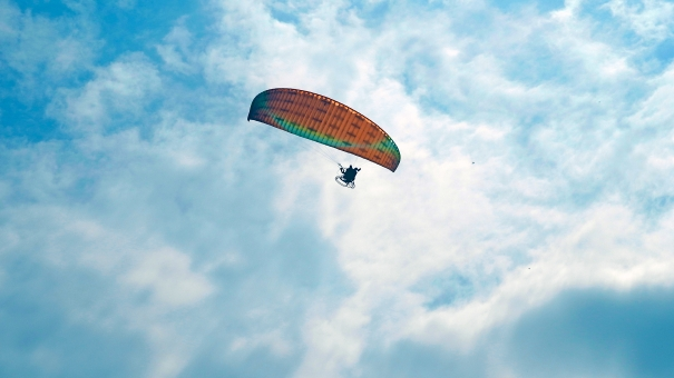 空 雲 大空 パラグライダー スポーツ アクティビティ
