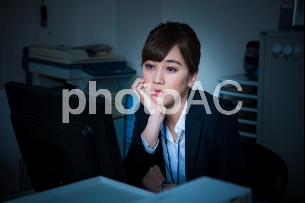疲れた女性社員6の写真