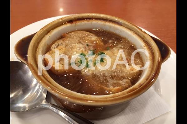 オニオングラタンスープの写真