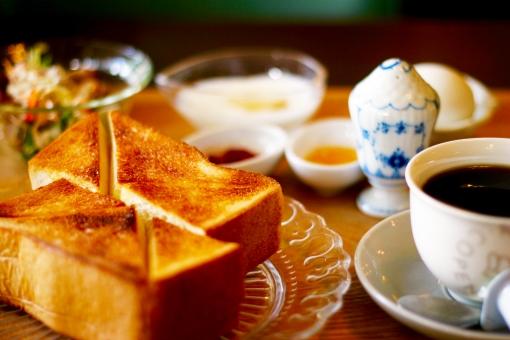 モーニング コーヒー モーニングコーヒー 朝食 洋風 トースト ゆでたまご ジャム ヨーグルト サラダ coffee breakfast morning coffee boiled egg toast bread