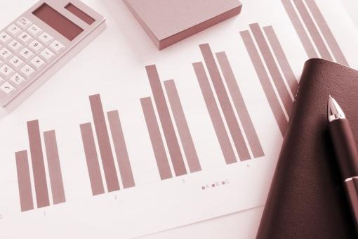 プレゼン資料 ビジネス 仕事 会議資料 打ち合わせ ミーティング マーケティング プロジェクト 企画 販売実績 グラフ資料 報告書 資料 図式 ビジュアル 書類 図形 数値 データ 統計 見通し 予測 経営 戦略 売上 利益 他社 市場動向 店舗別 月次 数字 集計データ 作業 業務 オフィス 事務所 計算機 顧客 販売計画 営業企画 営業マン ビジネスマン システム手帳 素材 背景 背景素材 イメージ コンテンツ サービス 改善策 打開策 見直し ウェブ素材 ホームページ素材 ブログ素材 web 商品販