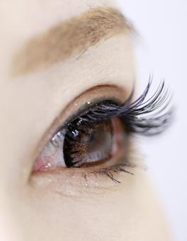 マツエク まつえく まつ毛 付けまつげ つけま 眉 眉毛 目 カラコン カラーコンタクト コンタクト コンタクトレンズ 女子 女 女の子 女性 美容 美容室 サロン エステ マツゲエクステ かわいい キュート 素材 まぶた 日本人 人物