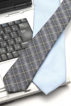 パソコン ネクタイ ノートパソコン ノート型パソコン ビジネス リクルート ビジネスマン サラリーマン 就職 就職活動 キャリアアップ 出世 新入写真 フレッシュマン 転職 失業