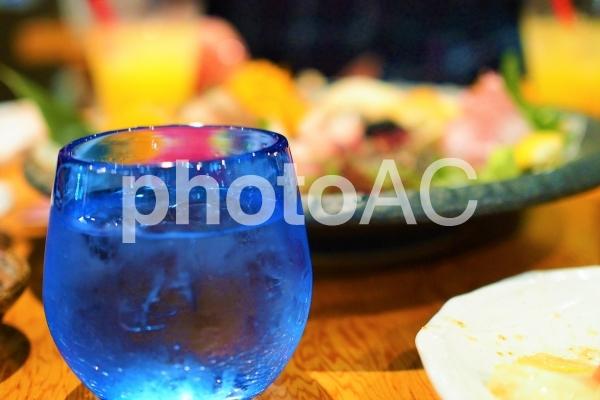 お酒の席のイメージの写真