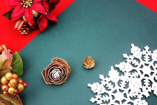 クリスマス クリスマスイメージ イベント 行事 オーナメント クリスマスオーナメント 赤 緑 松 松ぼっくり レース ヒイラギ 柊 クリスマスホーリー ポインセチア 花