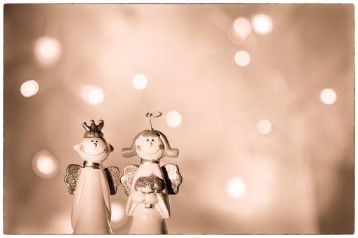 天使のカップル(セピア)の写真