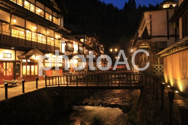 銀山温泉(山形県)の写真