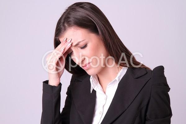 外国人女性スーツ姿23の写真
