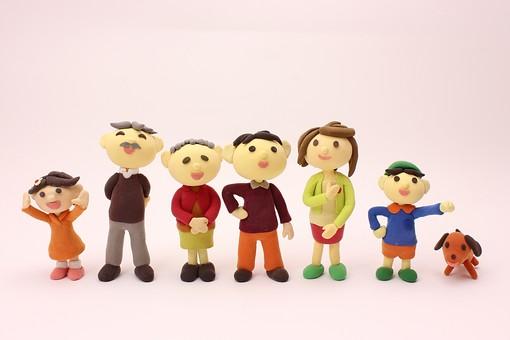 クレイ クレイアート クレイドール ねんど 粘土 クラフト 人形 アート 立体イラスト 粘土作品 人物 笑顔 子ども 子供 こども 男の子 女の子 女性 男性 家族 老人 老夫婦 お爺ちゃん お婆ちゃん お母さん お父さん 団らん だんらん 団欒