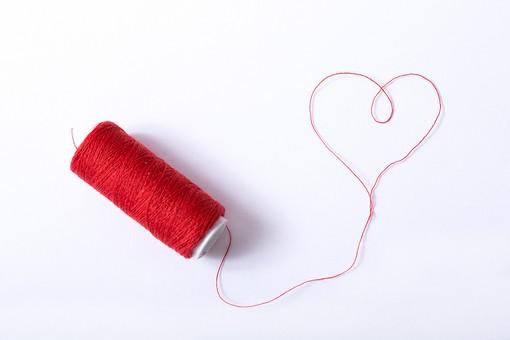 ハート 赤 糸 赤い糸 運命 アート ラブ LOVE ラブラブ バレンタイン バレンタインデー ホワイトデー 愛 愛情 夢 恋 恋人 結婚 希望 好き 告白 気持ち 幸せ 幸福 絆 ハッピー