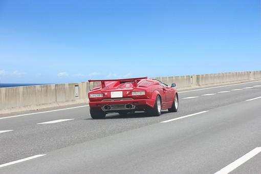 自動車 スポーツカー 乗用車 自動車 道 高速道路 道路 ドライブ ハイウェイ 乗り物