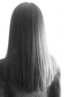 女性の髪 女性 髪 髪型 ヘアケア ヘアスタイル 美容院 美容室 カット トリートメント ロングヘアー 長い髪 お手入れ トラブル 髪質 ダメージヘアー 素材 背景 背景素材 日本人女性 髪の悩み 切り方 キレイ 綺麗 魅力 ヘアー ホームページ素材 ウェブ素材 ブログ素材 hair