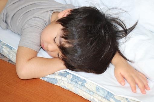 寝ぐせの写真素材|写真素材なら「写真AC」無料(フリー)ダウンロードOK