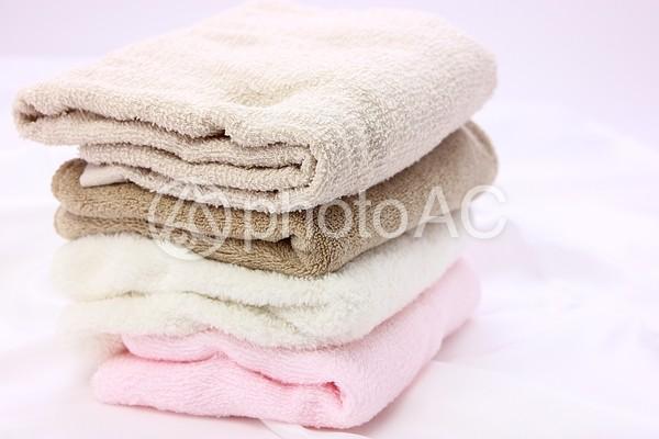 4色のタオル5の写真