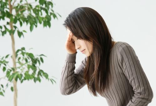 頭痛の写真素材|写真素材なら「写真AC」無料(フリー)ダウンロードOK