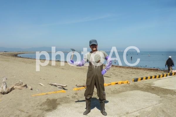 潮干狩りスタイル 男性の写真