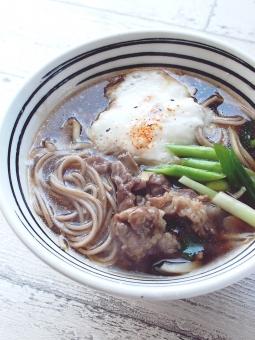 日本蕎麦 ヘルシー 温かい 長芋 舞茸 牛肉 九条ネギ 消化よい ダイエット
