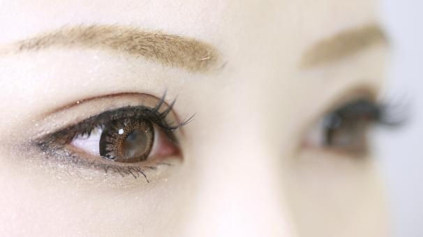 女の子 まぶた 瞼 マツエク マツゲ まつ毛 女子 女 エステ 美容 サロン 美容室 眉 眉毛 まつげ 付けまつげ つけま 目 かわいい キュート ゴージャス 素材 カラコン カラーコンタクト コンタクト コンタクトレンズ