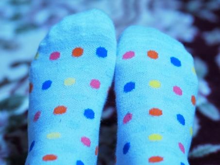 寒い 冷え性 青 stockings socks 冬 winter 女性 水玉 足 靴下 ソックス