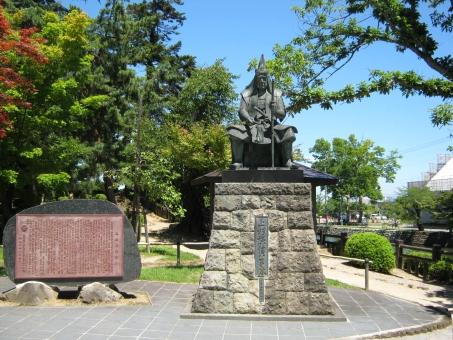 上杉謙信 銅像 上杉神社 米沢 神社 武将 英雄
