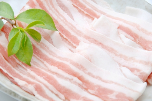 豚バラ 豚ばら肉 豚バラ肉 ばら肉 豚 肉 生肉 精肉 国産 日本産 スライス 白バック 白背景 焼肉