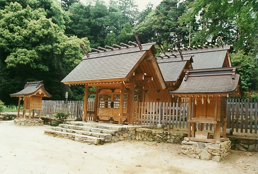 satochi サトチ 山口 yamaguchi 山口大神宮 神社 shrine じんじゃ 社 やしろ step 階段 かいだん 石段 japan 日本