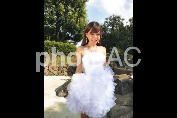 ウエディングドレスを着た女性 u002の写真