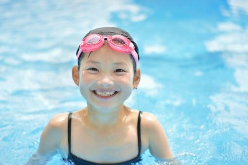 プール楽しいねの写真