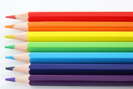 色えんぴつ 色鉛筆 色エンピツ 七色 虹色 レインボー 7色 7色 カラー カラフル 彩色 光 色温度 デザイン レイアウト 企画 デッサン ビジュアル 提案資料 ビジネス プレゼンテーション 背景 素材 背景素材 壁紙 台紙 下地 バック ボード 表紙