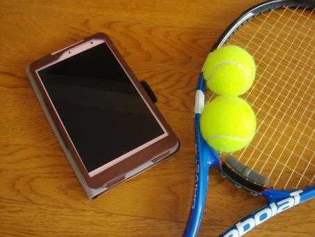 スポーツ用品 テニス 硬式テニス テニスラケット テニスボール ボール スポーツ 庭球 タブレット インターネット 遊び ライフスタイル アプリケーション
