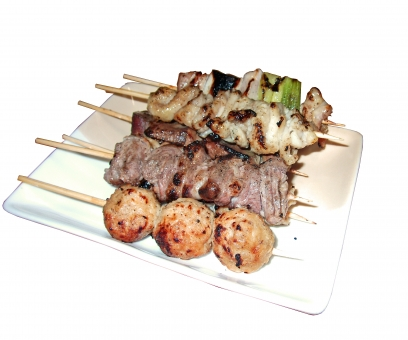 やきとり 焼き鳥 焼鳥 ヤキトリ 鶏 鶏肉 肉 肉類 肉料理 串焼き 焼き物 日本食 和食 白抜き 型抜き 食べ物 食品 料理 調理 グルメ 食 食事 食卓 食料 食糧 食料品 皿 食器 つくね ねぎま