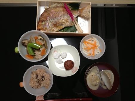 お食い初め タイ はまぐり 酢の物 食べ物