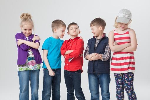 「小学生 横並び」の画像検索結果