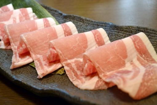 しゃぶしゃぶ 豚しゃぶ 豚肉 ロース ロース肉 豚ロース 薄切り うすぎり 和食 鍋 日本料理 割烹