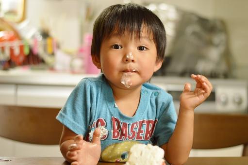 ケーキ 食べる 子供 こども 子ども 男の子