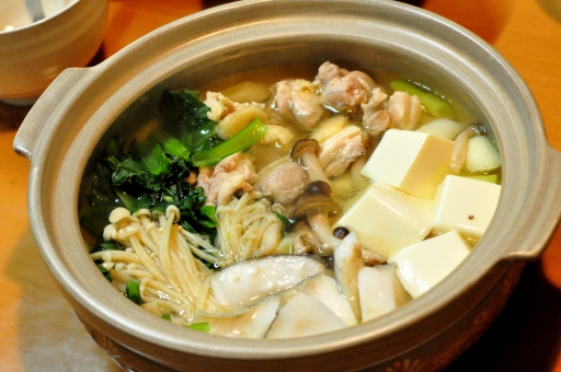 鍋 冬 温まる 囲う 野菜 鶏肉 ポン酢 晩酌 御飯 晩飯 晩ご飯 いただきます ごちそうさま ちゃんこ ちゃんこ鍋 豆腐 とうふ