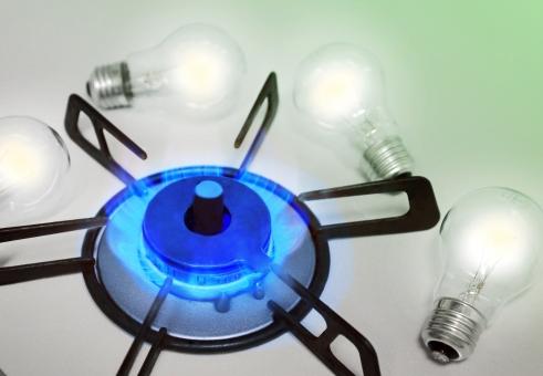 電力自由化 ガス会社 ガス 電力 電気 自由化 競争 価格 家庭 供給 市場 市場参入 送電 配電 規制緩和 卸売 原子力 火力 風力 ソーラー発電 エネルギー 選択 選ぶ 背景 背景素材 日本 イメージ 環境 エコ 節電 電球 明かり 光 光る 価格競争 ビジネス エコロジー 緑 グリーン 青