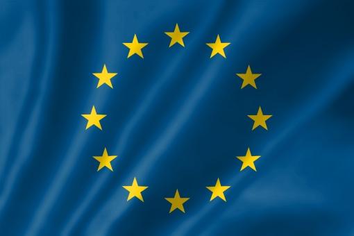 欧州旗 欧州 eu イーユー いーゆー ヨーロッパ 欧州共同体 共同体 ユーロ ユーロ危機 eu解体 解体 星 コミュニティ たなびく 揺れる 翻す 素材 写真素材 画像素材 イメージ イメージ素材 シンボル フリー フリー素材 写真 画像 壁紙 行政 政治 社会 象徴 国旗 旗 国 フラッグ 布 背景 背景素材 ビジネス 外国 海外 難民問題 難民 イギリス イギリス離脱 離脱問題 離脱 国境 ノーボーダー 危機 友好 平和 テロ 戦争 kkki23