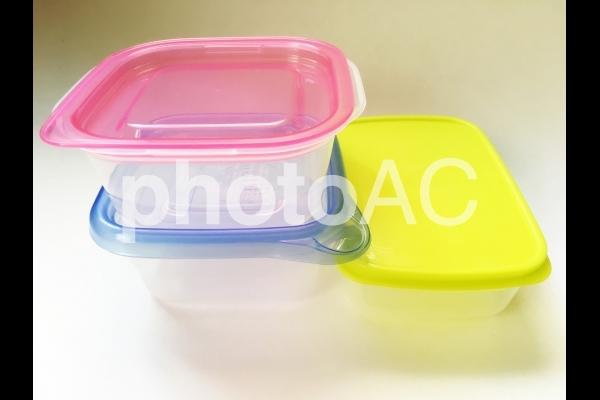 おかずを入れる容器の写真