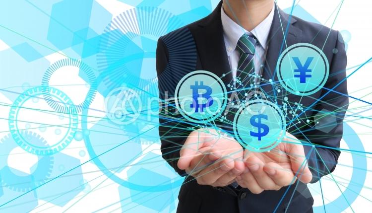 ビットコイン・円・ドル取引-ビジネスマンの写真
